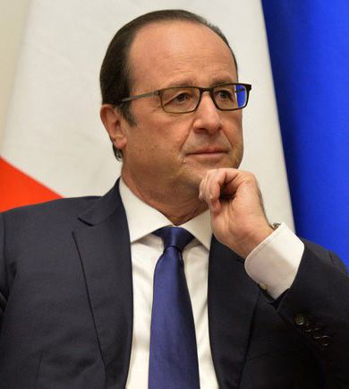 Newsfix owner loses the plot - Page 4 Francois_Hollande_and_Vladimir_Putin_Moscow_6_dec_2014_-_05-cropped