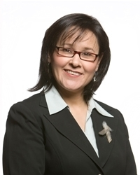 Minister Leona Aglukkaq (source: Wikipedia)
