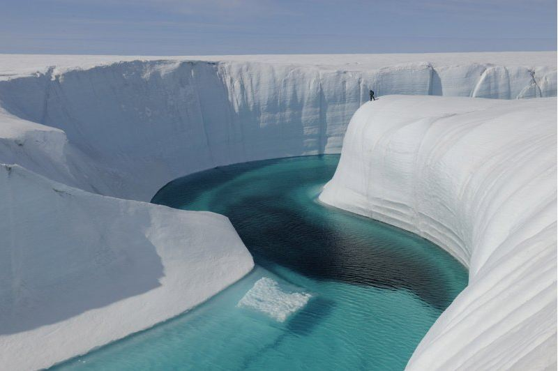 Melting ice in Greenland (Photo: Chasing Ice)